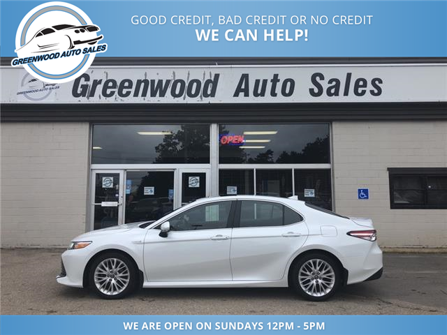2018 Toyota Camry Hybrid XLE (Stk: 18-06777) in Greenwood - Image 1 of 18