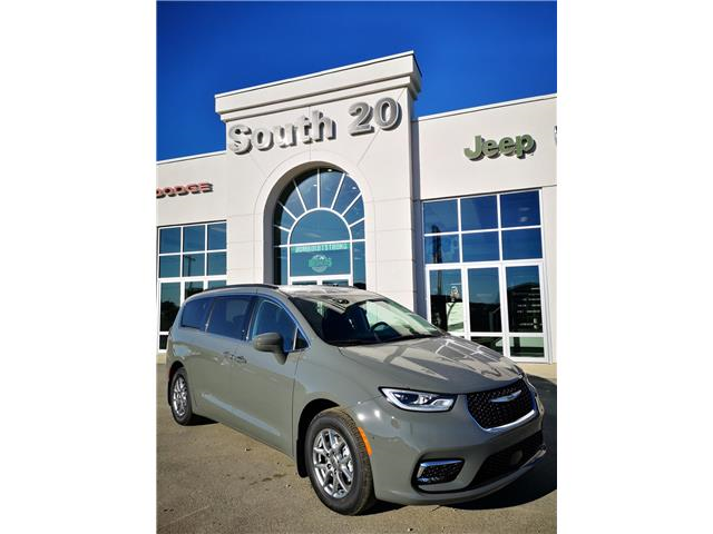 2021 Chrysler Pacifica Touring (Stk: 41090) in Humboldt - Image 1 of 26