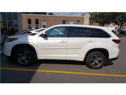 2017 Toyota Highlander LE (Stk: 077E1227) in Ottawa - Image 2 of 13