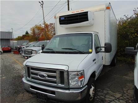 2012 Ford E-450 Cutaway Base (Stk: 309219) in Burlington - Image 1 of 3