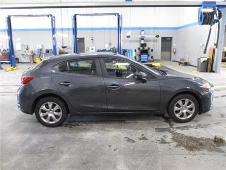 2018 Mazda Mazda3 Sport GX (Stk: MX1052) in Toronto, Ajax, Pickering - Image 2 of 20