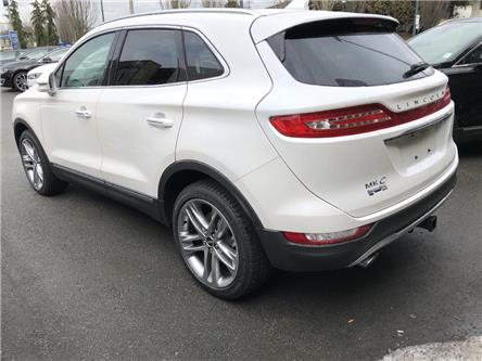 2019 Lincoln MKC Reserve (Stk: 196148) in Vancouver - Image 2 of 9