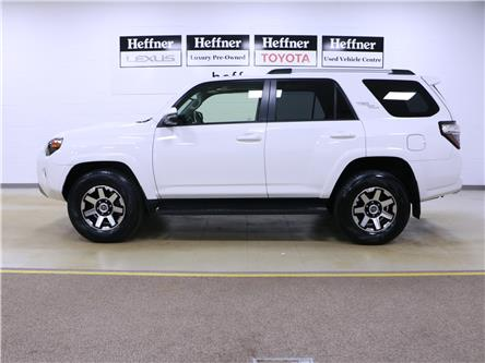 2018 Toyota 4Runner SR5 (Stk: 195190) in Kitchener - Image 2 of 28
