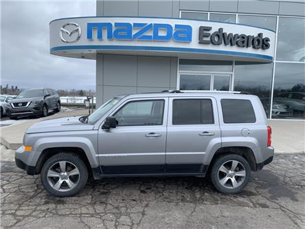 2017 Jeep Patriot Sport/North (Stk: 21694) in Pembroke - Image 1 of 11