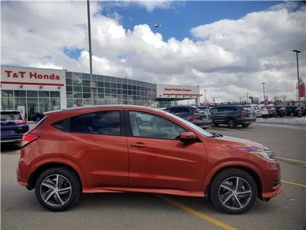 2019 Honda HR-V Touring (Stk: 2190610) in Calgary - Image 2 of 10
