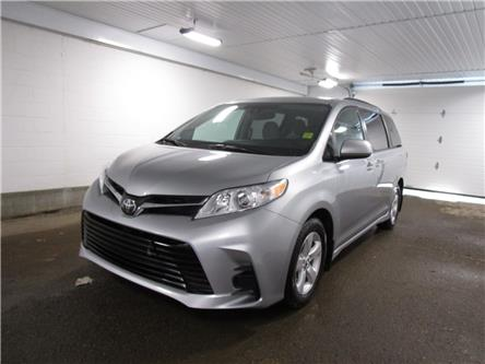 2019 Toyota Sienna LE 8-Passenger (Stk: F170635 ) in Regina - Image 1 of 33