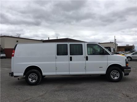 2018 GMC Savana 2500 Work Van (Stk: 34808W) in Belleville - Image 2 of 29