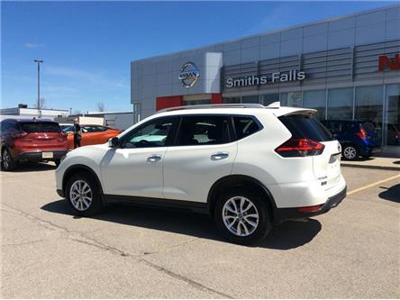 2017 Nissan Rogue SV (Stk: P1985) in Smiths Falls - Image 2 of 13