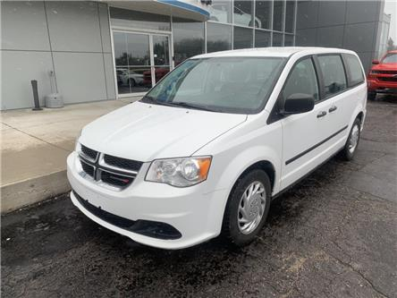 2015 Dodge Grand Caravan SE/SXT (Stk: 21767) in Pembroke - Image 2 of 9