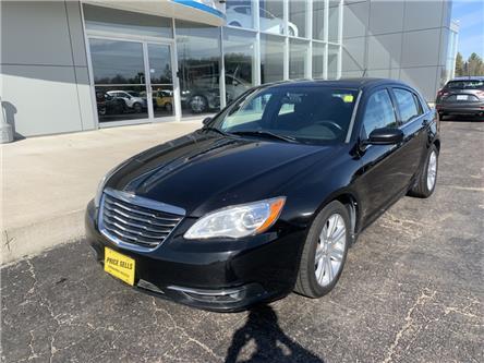 2013 Chrysler 200 Touring (Stk: 21770) in Pembroke - Image 2 of 9