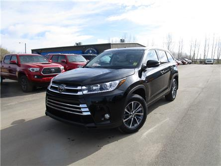 2019 Toyota Highlander XLE (Stk: 199129) in Moose Jaw - Image 1 of 45