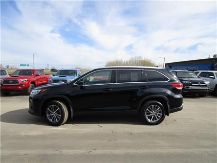 2019 Toyota Highlander XLE (Stk: 199129) in Moose Jaw - Image 2 of 45