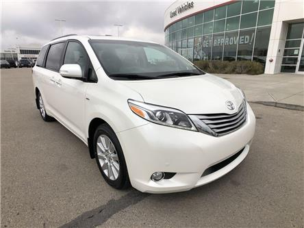 2017 Toyota Sienna  (Stk: 2801713A) in Calgary - Image 1 of 20