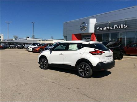 2019 Nissan Kicks SV (Stk: 19-106) in Smiths Falls - Image 2 of 13