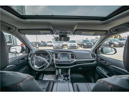 2019 Toyota Highlander XLE (Stk: HIK089) in Lloydminster - Image 2 of 16
