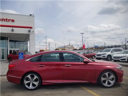 2018 Honda Accord Touring (Stk: 2180844D) in Calgary - Image 2 of 34