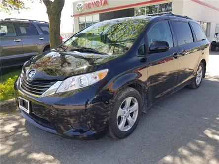 2017 Toyota Sienna LE 8 Passenger (Stk: U01073) in Guelph - Image 1 of 25