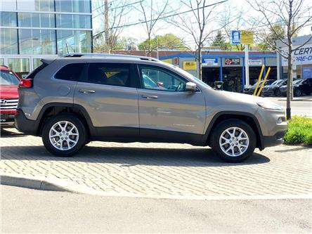 2016 Jeep Cherokee North (Stk: 28570A) in East York - Image 2 of 30