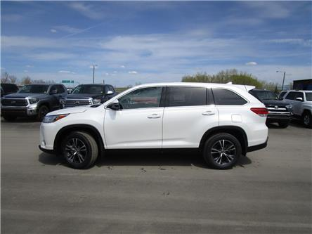 2019 Toyota Highlander LE (Stk: 199148) in Moose Jaw - Image 2 of 40
