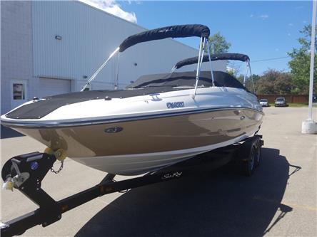2016 Sea Ray SUNDECK 240 BOAT (Stk: P6041) in Perth - Image 1 of 13