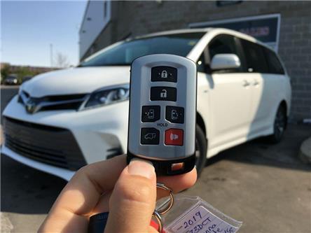 2019 Toyota Sienna AWD LIMITED (Stk: 42342) in Brampton - Image 2 of 28