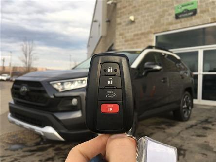 2019 Toyota RAV4 AWD TRAIL EDITION (Stk: 43074) in Brampton - Image 2 of 28