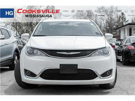 2018 Chrysler Pacifica Touring-L Plus (Stk: 7931PR) in Toronto, Ajax, Pickering - Image 2 of 18
