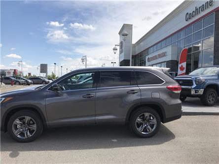 2019 Toyota Highlander Limited (Stk: 190309) in Cochrane - Image 2 of 14