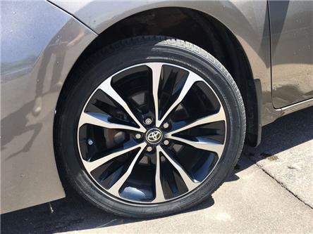 2017 Toyota Corolla SE UPGRADE HEATED STEERING, ALLOYS, MOONROOF, SPOI (Stk: 44407A) in Brampton - Image 2 of 26