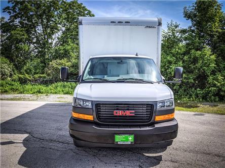 2019 GMC Savana Cutaway Work Van (Stk: DOM-006679) in Burlington - Image 2 of 28