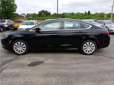 2016 Chrysler 200 LX (Stk: 119141) in Cambridge - Image 2 of 21