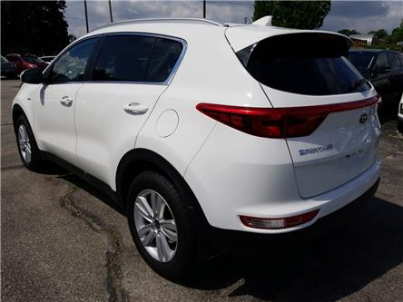 2017 Kia Sportage LX (Stk: 147318) in Cambridge - Image 2 of 21