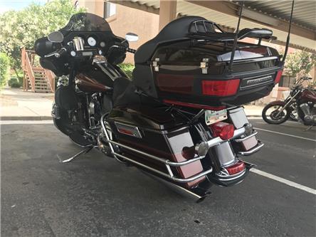 2011 Harley-Davidson FLHTCU  (Stk: P8296) in Headingley - Image 2 of 30