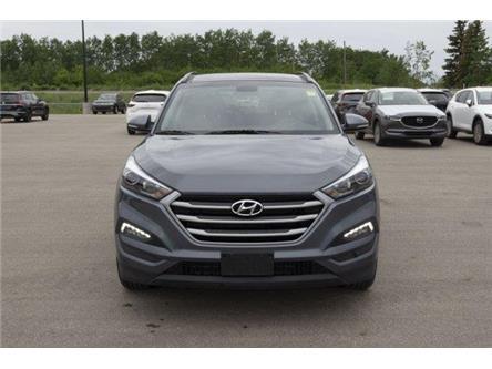 2018 Hyundai Tucson SE 2.0L (Stk: V882) in Prince Albert - Image 2 of 30