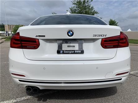 2017 BMW 330i xDrive Sedan (8D97) (Stk: P1498) in Barrie - Image 2 of 16