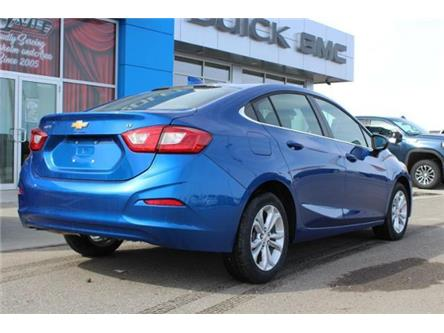 2019 Chevrolet Cruze LT (Stk: 202946) in Claresholm - Image 2 of 20