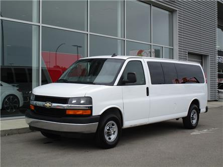 2017 Chevrolet Express 3500 1LT (Stk: 6533) in Regina - Image 1 of 20