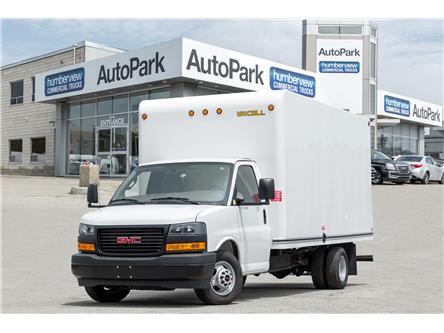 2018 GMC Savana Cutaway Work Van (Stk: CTDR3025) in Mississauga - Image 1 of 17
