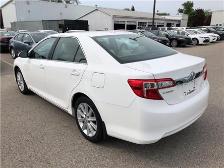 2014 Toyota Camry XLE (Stk: U08119) in Goderich - Image 2 of 17