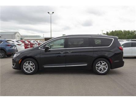 2018 Chrysler Pacifica Touring-L Plus (Stk: V904) in Prince Albert - Image 2 of 11