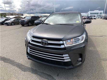 2018 Toyota Highlander  (Stk: 2900909A) in Calgary - Image 2 of 18
