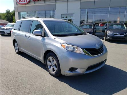 2011 Toyota Sienna LE 8 Passenger (Stk: 19117A) in Hebbville - Image 1 of 30