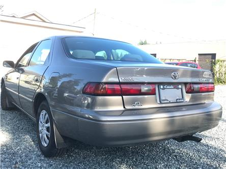 1999 Toyota Camry LE (Stk: 368407) in Abbotsford - Image 2 of 17