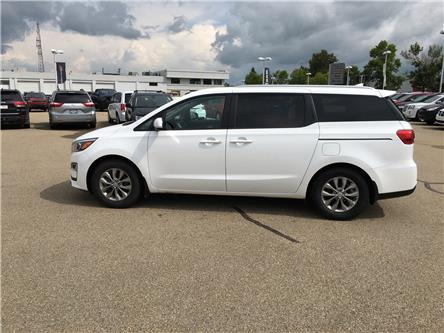 2019 Kia Sedona LX (Stk: PW0438) in Devon - Image 1 of 10