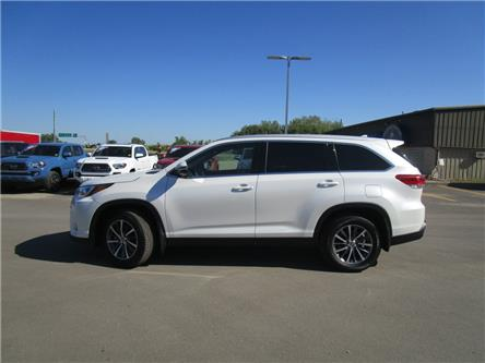 2019 Toyota Highlander XLE (Stk: 199191) in Moose Jaw - Image 2 of 43