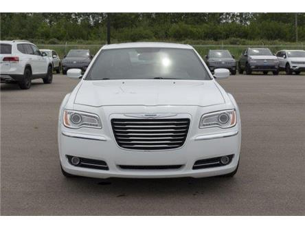 2013 Chrysler 300 Touring (Stk: V950) in Prince Albert - Image 2 of 11