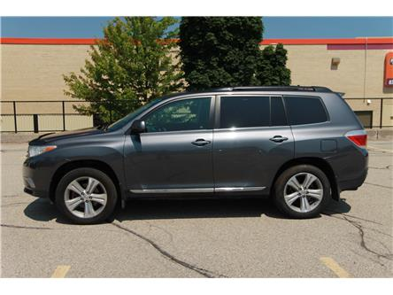 2013 Toyota Highlander V6 (Stk: 1907313) in Waterloo - Image 2 of 28