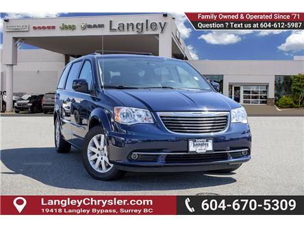 2013 Chrysler Town & Country Touring (Stk: EE910060) in Surrey - Image 1 of 27