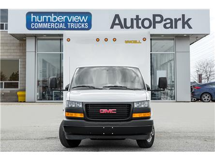 2018 GMC Savana Cutaway Work Van (Stk: ) in Mississauga - Image 2 of 17
