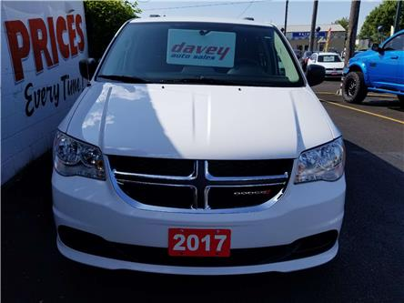 2017 Dodge Grand Caravan CVP/SXT (Stk: 19-375) in Oshawa - Image 2 of 17